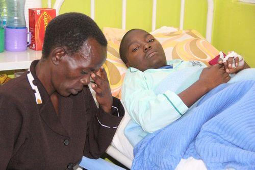 Perminus Nyakundi amo na mama omwabo
